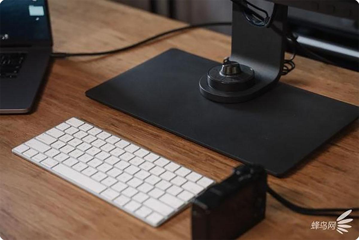 一台属于摄影师的专业级显示器   明基SW270C